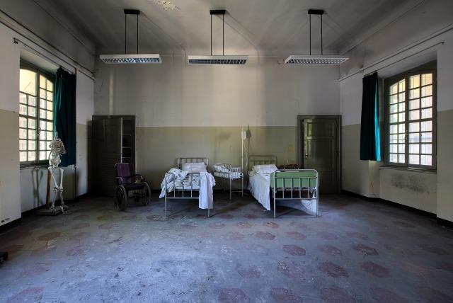indoor-2563518_1920